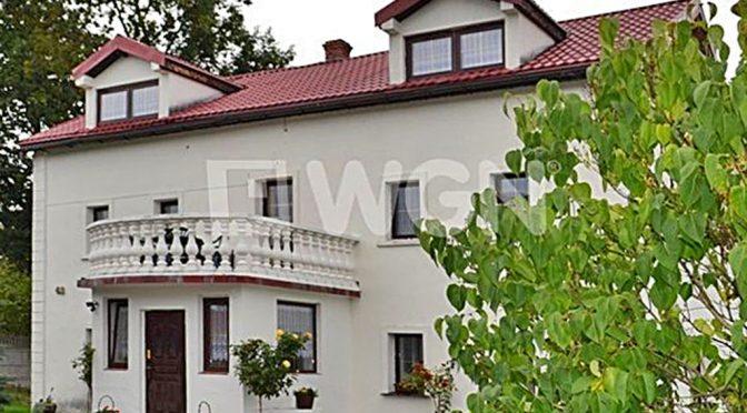 front luksusowej rezydencji na sprzedaż w Lwówku Śląskim