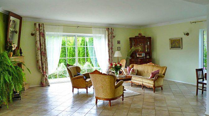 ekskluzywny salon w luksusowej rezydencji do sprzedaży w Stargardzie Szczecińskim