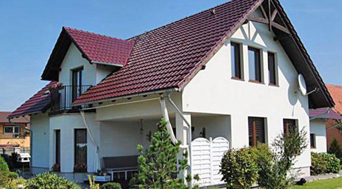 zdjęcie przedstawia luksusową rezydencję do sprzedaży w okolicach Zgorzelca