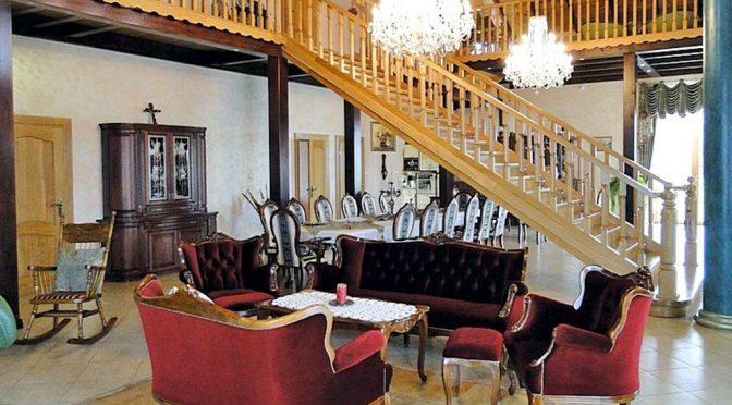 luksusowy wnętrze salonu na sprzedaż w okolicach Gdańska