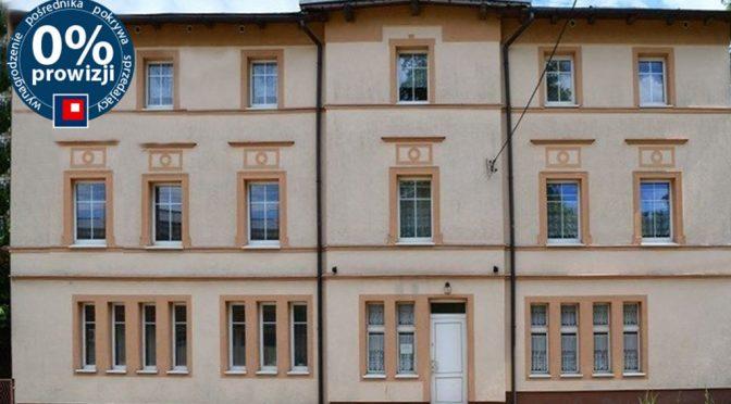 front luksusowej rezydencji do sprzedaży w okolicach Wałbrzycha
