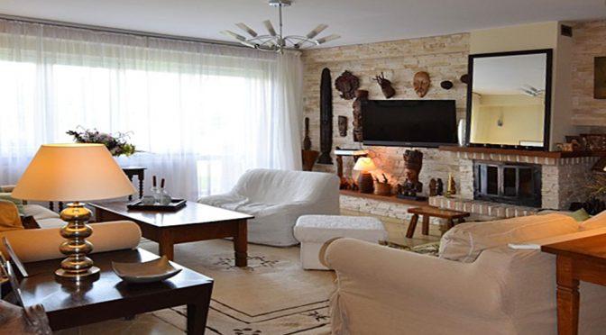 luksusowy salon w ekskluzywnej rezydencji do sprzedaży w okolicy Białegostoku