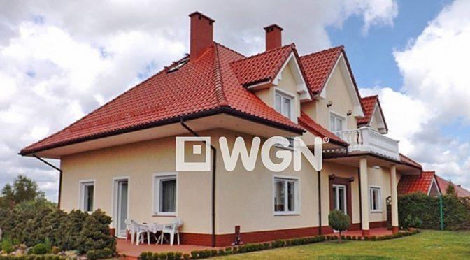 front luksusowej rezydencji do sprzedaży w okolicach Gdyni
