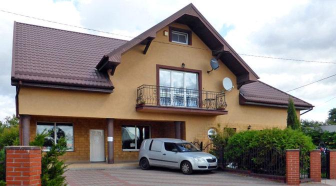 front luksusowej rezydencji do sprzedaży w Kwidzynie