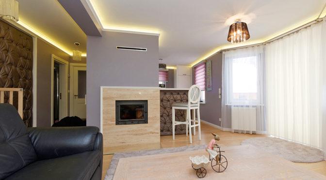 nowoczesny salon z kominkiem w ekskluzywnej rezydencji do sprzedaży w Tarnowie