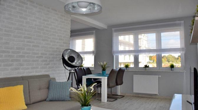 nowoczesny salon w ekskluzywnym apartamencie do wynajęcia w Słupsku