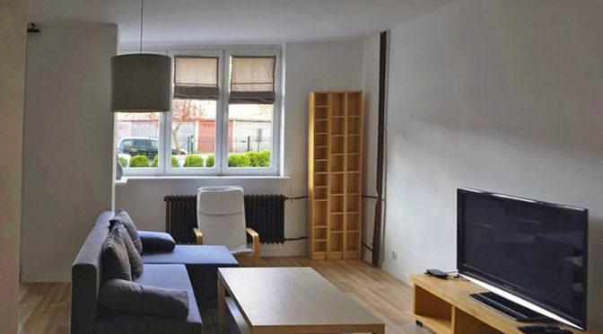 na zdjęciu nowoczesne wnętrze luksusowego apartamentu do sprzedaży w Szczecinie
