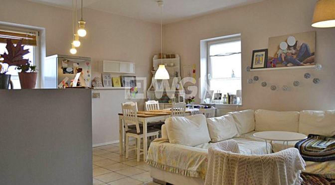stylowy salon w ekskluzywnym apartamencie do sprzedaży w okolicach Ostrowa Wielkopolskiego
