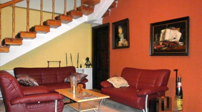 stylowy salon w ekskluzywnej rezydencji do sprzedaży w Częstochowie