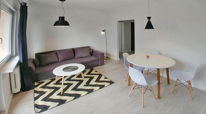 fragment salonu w ekskluzywnym apartamencie do sprzedaży w Szczecinie