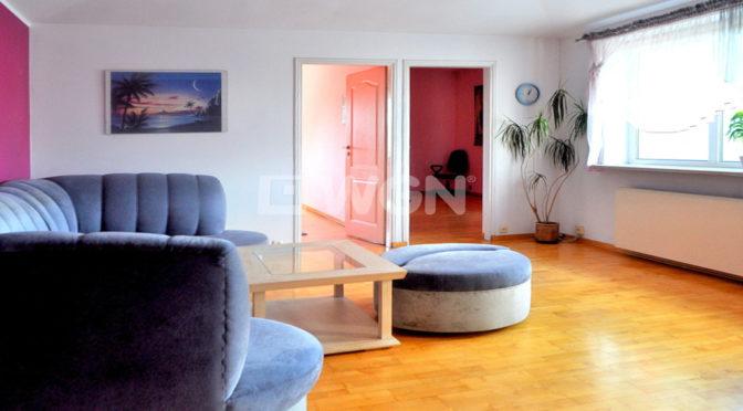 komfortowy salon w ekskluzywnym apartamencie do wynajmu w Częstochowie