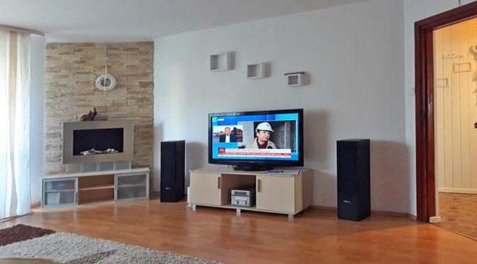 nowoczesny salon w luksusowym apartamencie do sprzedaży w Kaliszu