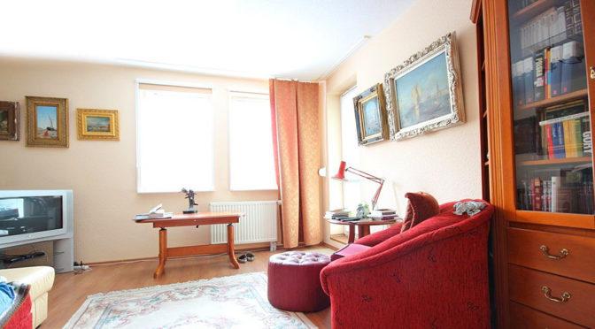 wytworne wnętrze salonu w luksusowym apartamencie do sprzedaży w Szczecinie