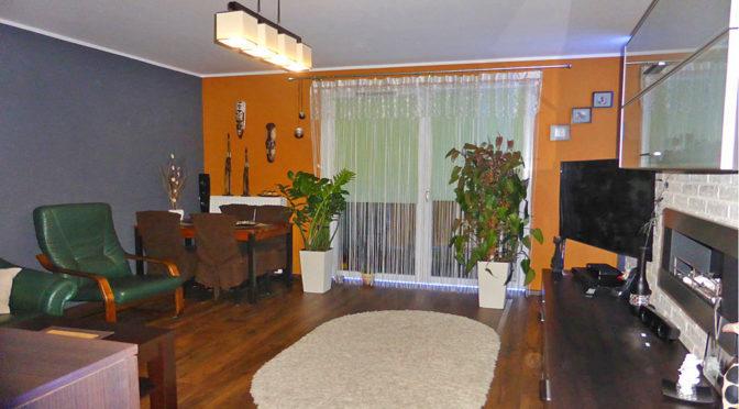 komfortowy salon w ekskluzywnym apartamencie do wynajmu w Kwidzynie