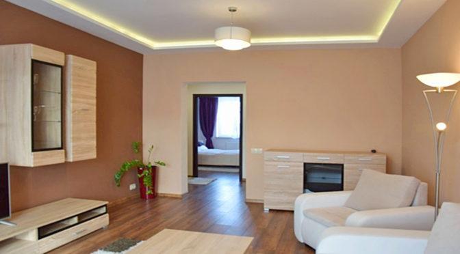 fragment komfortowego salonu w luksusowym apartamencie do wynajmu w Słupsku