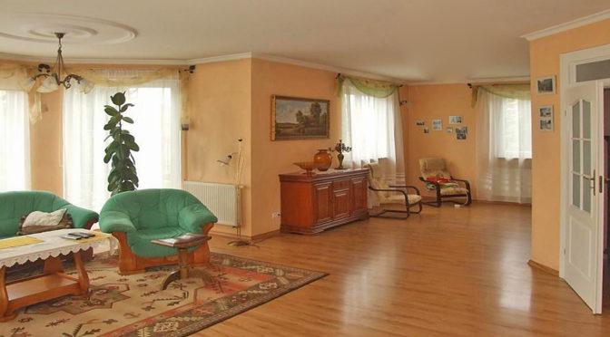 komfortowe wnętrze ekskluzywnej rezydencji do sprzedaży w okolicach Legnicy