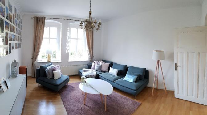 umeblowany i urządzony salon w luksusowym apartamencie w Katowicach na sprzedaż