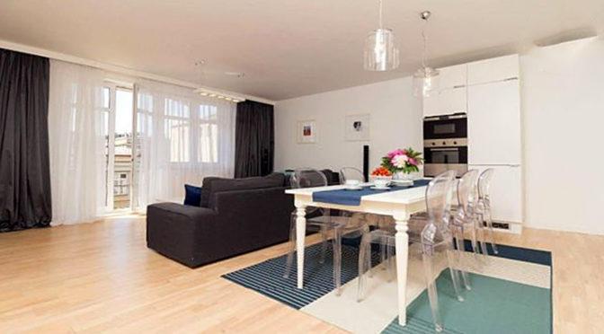 komfortowy salon w apartamencie do wynajmu w Szczecinie