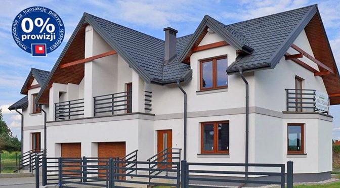 front reprezentacyjnej, luksusowej rezydencji do sprzedaży w okolicach Białegostoku