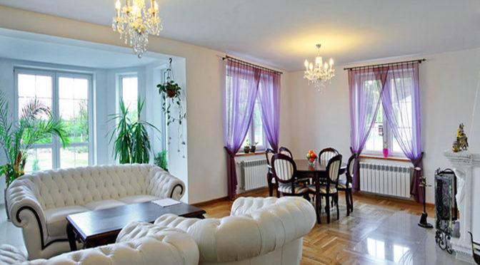 luksusowy salon w ekskluzywnej rezydencji do sprzedaży w okolicach Białegostoku