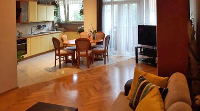 komfortowy salon w luksusowym ekskluzywnym do sprzedaży w Szczecinie