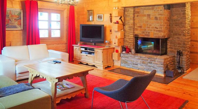zaprojektowane w góralskim stylu wnętrze ekskluzywnej rezydencji do sprzedaży Wisła