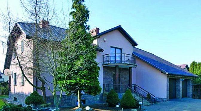 front luksusowej rezydencji do sprzedaży Toruń (okolice)