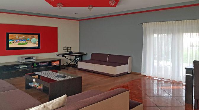 nowoczesne wnętrze salonu w luksusowej rezydencji do sprzedaży Zielona Góra (okolice)