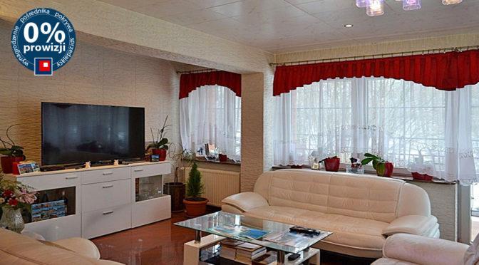 komfortowo urządzony salon w ekskluzywnej rezydencji na sprzedaż Jelenia Góra (okolice)