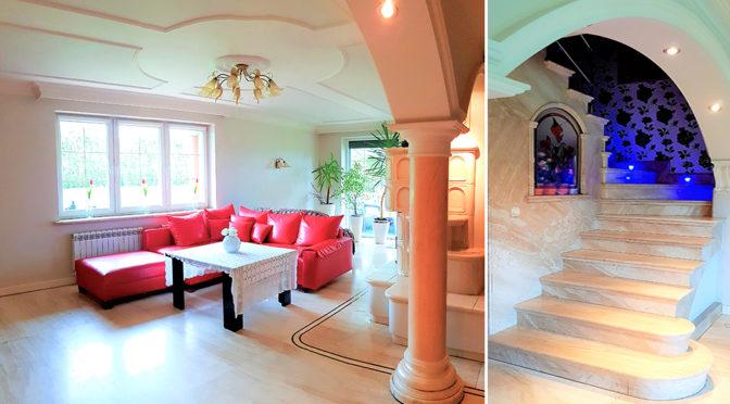widok na salon oraz hol w luksusowej rezydencji do sprzedaży Cieszyn