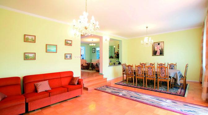 komfortowe i przestronne wnętrze luksusowej rezydencji na sprzedaż Suwałki