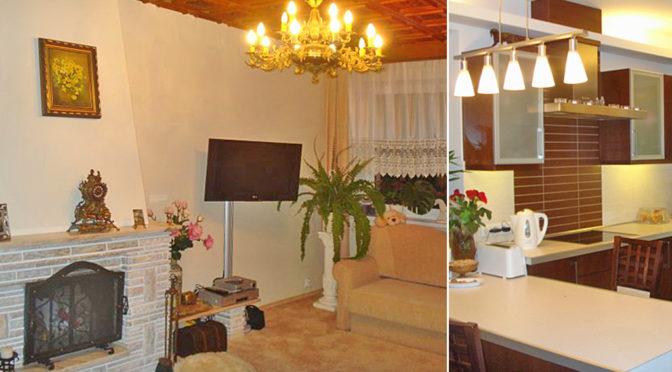 po lewej salon z kominkiem, po prawej kuchnia w ekskluzywnej rezydencji na sprzedaż Kraków (okolice)