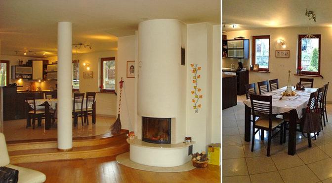 po lewej salon z kominkiem, po prawej fragment jadalni w ekskluzywnej rezydencji na sprzedaż Chrzanów