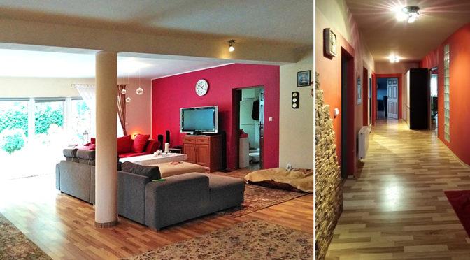 po lewej kameralny salon, po prawej fragment holu w ekskluzywnej rezydencji na wynajem Szczecin