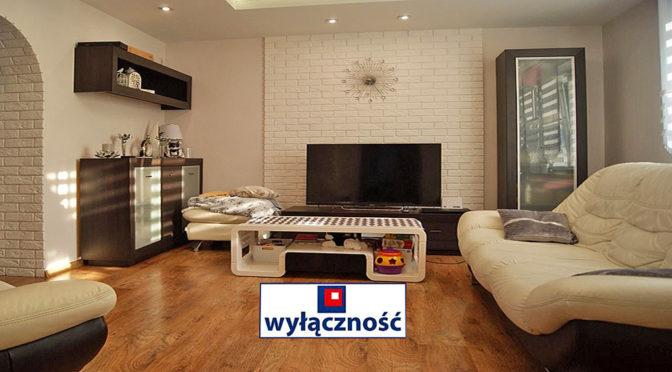 elegancki salon w luksusowej rezydencji do sprzedaży Żagań (okolice)