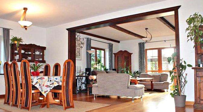 klasycznie zaaranżowany salon w ekskluzywnej willi do sprzedaży 087-1883-5