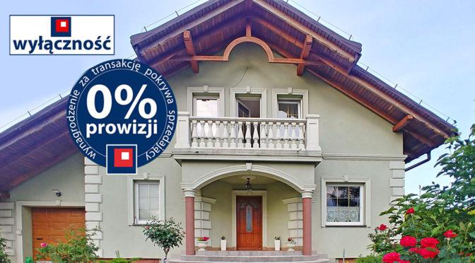widok na wejście oraz balkon w luksusowej rezydencji do sprzedaży Cieszyn (okolice)
