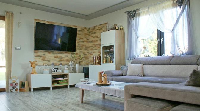 wytworny salon w ekskluzywnej rezydencji do sprzedaży Głogów (okolice)