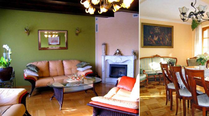po lewej salon z kominkiem, po prawej pokój dzienny w ekskluzywnej rezydencji na sprzedaż Chrzanów (okolice)