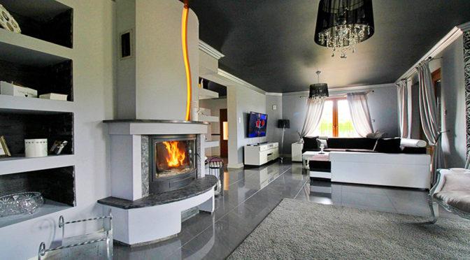 wytworny salon z kominkiem w ekskluzywnej rezydencji do sprzedaży Gorzów Wielkopolski