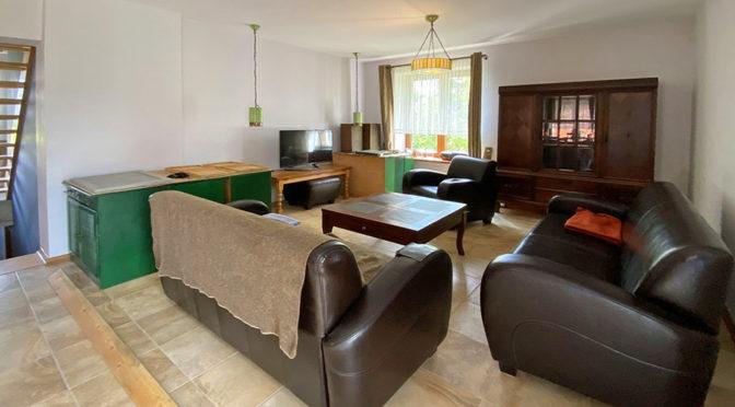 komfortowy salon w ekskluzywnej rezydencji do wynajęcia Szczecin (okolice)