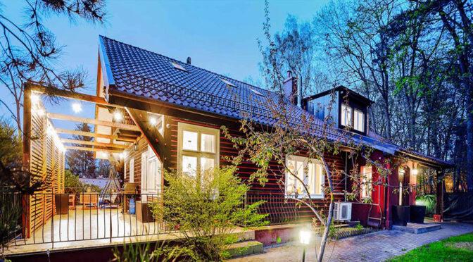 widok nocą na luksusową rezydencję na sprzedaż Gdańsk