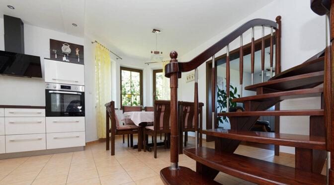 stylowe wnętrze luksusowej rezydencji na sprzedaż Tarnów (okolice)