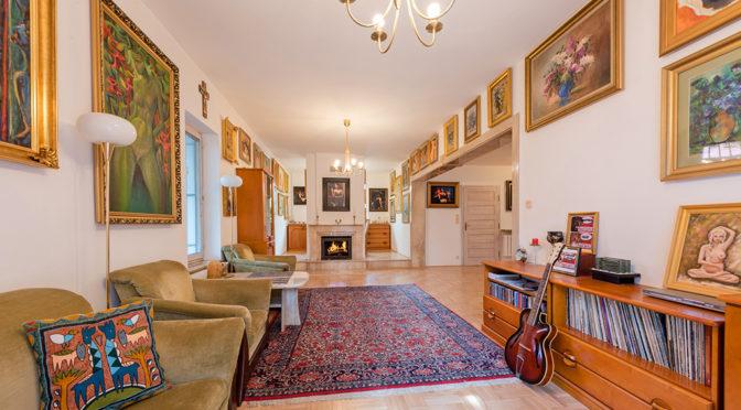 przestronne wnętrze w klasycznym stylu w ekskluzywnej rezydencji do sprzedaży Warszawa