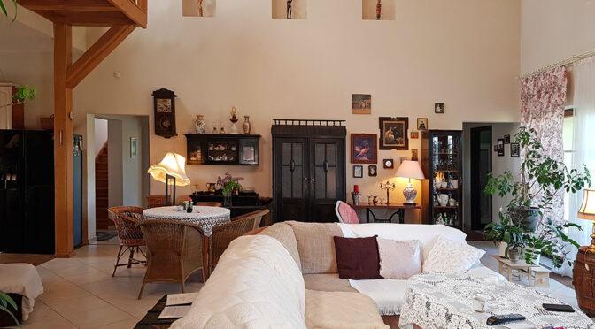 kameralne wnętrze luksusowej rezydencji do sprzedaży Mazury