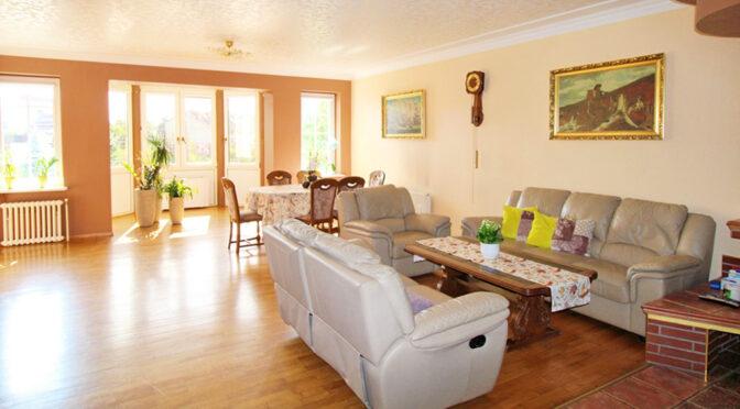 wytworny salon w ekskluzywnej rezydencji na sprzedaż Gorzów Wielkopolski (okolice)