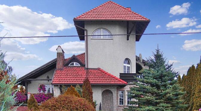 ciekawa architektonicznie bryła luksusowej rezydencji do sprzedaży Brodnica