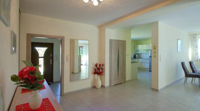 funkcjonalny rozkład pomieszczeń w ekskluzywnej rezydencji do sprzedaży Legnica (okolice)