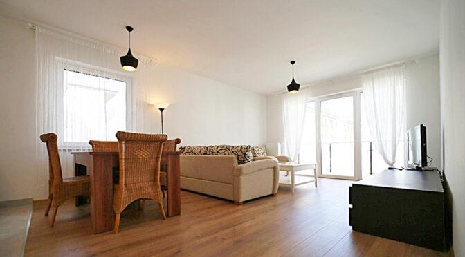 eleganckie wykończenie salonu w luksusowym apartamencie na wynajem Bolesławiec