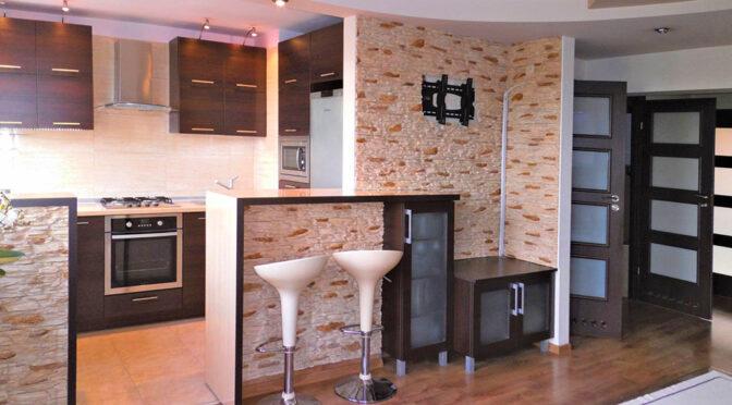 kuchnia w nowoczesnej zabudowie w ekskluzywnym apartamencie do wynajmu Częstochowa